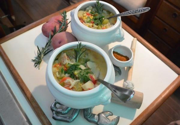 corn & crab chowder two bowls