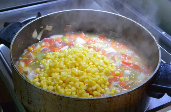 corn in pot