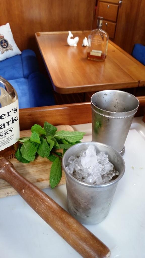 making a mint julep