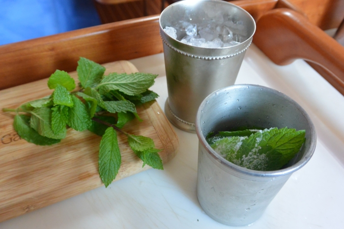 mull superfine sugar and mint