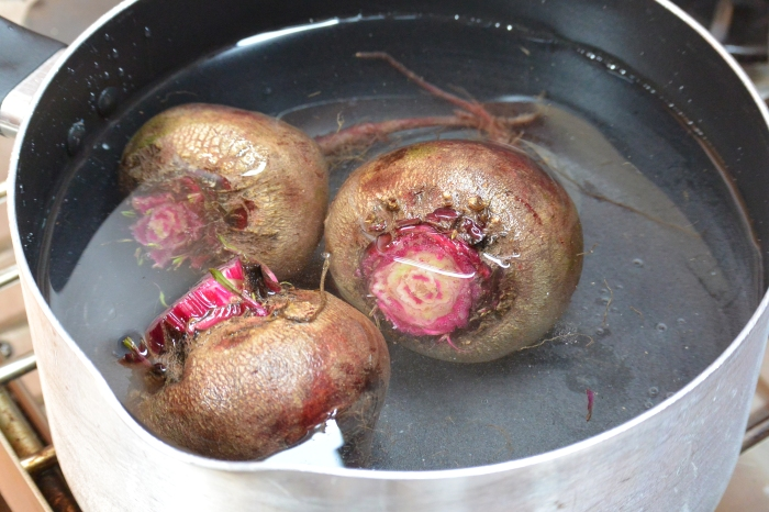 beets in water