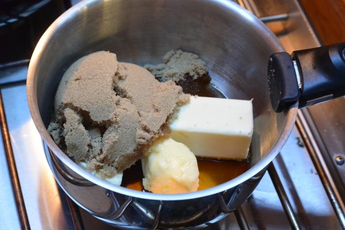 making-rum-sauce